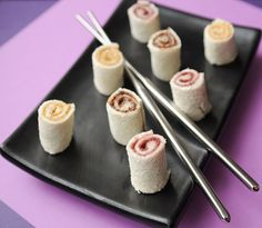 Cute Lunch Idea: Bite-Size Sandwich Sushi - Healthy Snacks For Kids Cute Food, Good Food, Yummy Food, Healthy Snacks For Kids, Kid Snacks, Toddler Snacks, Toddler Crafts, Healthy Recipes, Sushi Rolls