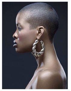 Bald Heads - Hairl Loss Tips Natural Hair Cuts, Natural Afro Hairstyles, Natural Hair Styles, Short Hair Cuts, Short Hair Styles, Brush Cut, Bald Hair, Pelo Afro, Bald Women