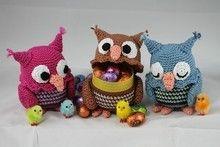 "Häkelanleitung Sweepies Ü-Pet ""Eule"" XL Crochet Amigurumi, Amigurumi Patterns, Crochet Dolls, Knitting Patterns, Crochet Patterns, Easter Crochet, Crochet Baby, Macrame Owl, Owl Patterns"