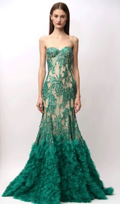 gorgeous emerald gown.