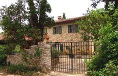 Mezzola - Cerbaia S. Casciano - Firenze http://www.salogivillas.com/en/villa/mezzola-22D5