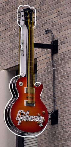 Gibson #Guitar Neon Sign http://ozmusicreviews.com/christmas-gifts-for-guitarists