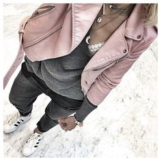 Rose jasje combi met grijs en grijze jeans