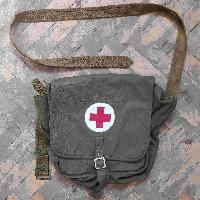 Soviet army medic bag Army Medic, Soviet Army, Red Army, Military Equipment, Wwii, Messenger Bag, Satchel, Medical, Bags
