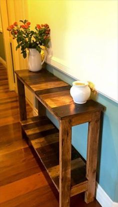 Antique Pallet Entry/Hallway Console - 130 Inspired Wood Pallet Projects 101 Pallet Ideas - Part 9 - Wood Crafting Pallet Crafts, Diy Pallet Projects, Home Projects, Woodworking Projects, Pallet Ideas, Woodworking Classes, Wood Ideas, Woodworking Furniture, Teds Woodworking