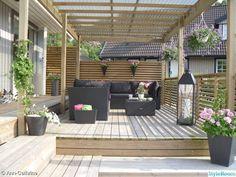 Cheap Landscaping Ideas, Outdoor Landscaping, Pergola Garden, Outdoor Pergola, Outdoor Spaces, Outdoor Decor, Timber Stair, Wooden Terrace, Terrace Design