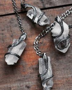 Snake quartz pendants