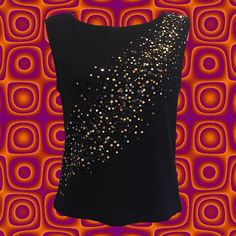 • Linda Allard Ellen Tracy sequined top • sleeveless black top • 85% wool/15% nylon • gold, silver and black sequins from the bottom right diagonally up and over the left shoulder • size 4 • shoulder: 14 • bust: 34 • length: 19 1/2   anytime you can add a subtle sparkle to an otherwise understated black tee...im IN.   ❉ ❉ ❉  check out www.instgram.com/vintish.nyc for perfect post-90s items, as well!  ❉ ❉ ❉  as with all vintage items, expect some wear. i inspect everything to ma...