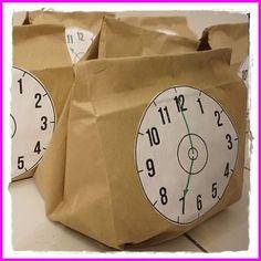 Countdown Bags sorgen für eine spannende Party zu Silvester mit Kindern new years activities for kids Unterhaltung Spiel Spaß Spannung Silvester Neujahr 2016 2017 Abend Tüte Beutel