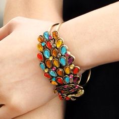 Love the colors on this bracelet!