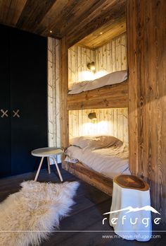 An elegant chalet in the French ski village of Megeve with a very remarkable and original design by studio Refuge . Chalet Design, Chalet Style, Cabin Design, Ski Chalet, Rustic House Design, Cabin Interiors, Wood Interiors, Chalet Interior, Decor Interior Design