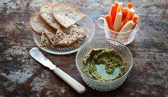 Härkäpapulevite #härkäpapu #levite #hummus #papu Guacamole, Hummus, Cheese, Baking, Vegetables, Eat, Ethnic Recipes, Food, Patisserie