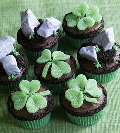 Shamrocks and Blarney Stones Cupcakes
