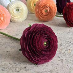 Crepe Paper Ranunculus Single Stem Wedding от NectarHollow