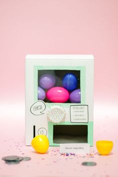 How to Make a cute DIY Vending Machine filled with surprise eggs for easter holidays