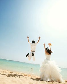 JUMP!! cheerswedding.jp  #チアーズウェディング  #ハワイ挙式  #cheerswedding  #hawaiiwedding  #プレ花嫁 #ウェディングフォト #ハワイ #hawaii #beach #beaches #instagram #love #like #follow #有休ハワイ #インスタグラム #photo #instaphoto  #happy #instalike #hi #hilife #cheers #beachwedding #oahu #honolulu #honeymoon #前撮り