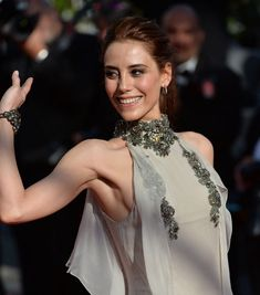 My Favorite Turkish Beauty in Cannes Actrices Hollywood, Turkish Beauty, L'oréal Paris, Beauty Pageant, Turkish Actors, Christian Dior, Cannes, Camisole Top, Beautiful Women