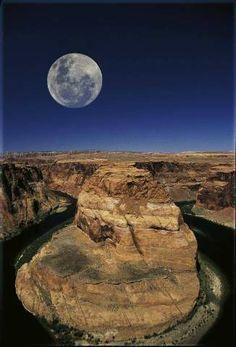 Horseshoe Bend, Colorado River, Vollmond.