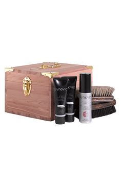 Free shipping and returns on Synovia English Shoe Shine Kit at Nordstrom.com. A classic shoe-care kit is handsomely housed in an aromatic red cedar box with metal hardware. Includes finely crafted polishing creams in black and brown, a waxless leather-care cream and two soft horsehair brushes.