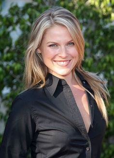 A la mode Hairstyles. Played Marigold in Obsessed Ali Larter, Beautiful Celebrities, Beautiful Women, Celebrity Smiles, Kristin Kreuk, Tough Girl, Legally Blonde, Gorgeous Blonde, Girls Dpz