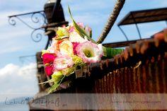 Bouquet by the Pantalan. Photo by Labski Fotografi.