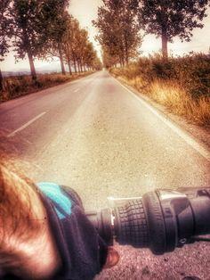 Biciclist sau posibila victima? Blogging, Country Roads