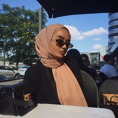 Hijab Fashion 211669251225197456 - Source by inesbengaied Hijab Fashion Summer, Modest Fashion Hijab, Modern Hijab Fashion, Street Hijab Fashion, Hijab Fashion Inspiration, Muslim Fashion, Modesty Fashion, Hijab Casual, Fashion Outfits