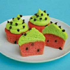 Watermelon cupcakes Cup cakes batter died red with choco chips buttercream frosting died green