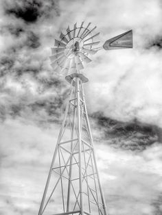 Chasing Windmills / TEOMONTANA