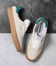 Shoes Men, Vans Shoes, Sneakers Adidas, Mens Fashion, Fashion Outfits, Skateboarding, Black Shoes, Streetwear, Men Casual