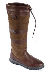 The Galway Boot is Dubarry Origianl waterproof breathable leather boot. Used widely as Barn Boots, Snow Boots, Hunting Boots, Dog Walking Boots. Dubarry Boots, Sailing Boots, Marine Outfit, Barn Boots, Gore Tex Boots, Galway Girl, Hunting Boots, Equestrian Style, Snow Boots