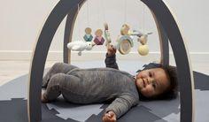Lekker spelen en leren met het leukste #babyspeelgoed voor de allerkleinsten #baby