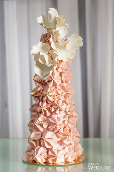 Trend alert! Expect to see textured cakes everywhere this wedding season! | Photography By: Richard Emmanuel Studio | WedLuxe Magazine | #WedLuxe #Wedding #luxury #weddinginspiration #luxurywedding #weddingcake #pink #pinkcake