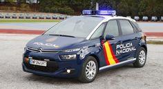 La Policía Nacional se hace con 942 Citroën C4 Picasso - http://www.actualidadmotor.com/policia-nacional-942-citroen-c4-picasso/