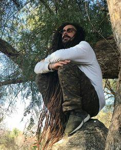 Mariano Castro (Dread Mar I♡) Long Dreads, Reggae Music, Bob Marley, Beautiful People, Crushes, Dreadlocks, Singer, Photo And Video, Hair Styles