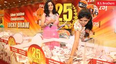 R.S. Brothers Silver Jubilee Celebration's Lucky Draw photos!
