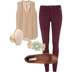 Colored Jeans Outfits Burgundy jeans nude top - I just got burgundy pants. Mode Outfits, Fall Outfits, Summer Outfits, Casual Outfits, Fashion Outfits, Womens Fashion, Jean Outfits, Looks Style, Style Me