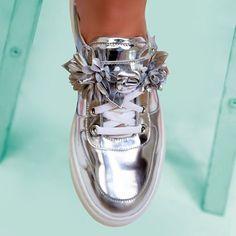 SOPHIA WEBSTER 🌸✨ flower embellished 'Lilico Jessie' mule sneakers ✨🌸