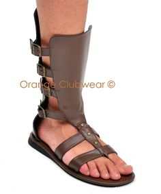 Do these gladiator mens sandals make me look Roman? Roman Sandals, Gladiator Sandals, Leather Sandals, Pretty Sandals, Men Design, Male Feet, Fashion Sandals, Crazy Shoes, Huaraches