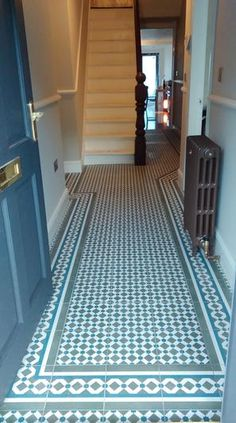 Hallway Ideas Entrance - New ideas Victorian Hallway Tiles, Edwardian Hallway, Tiled Hallway, Front Hallway, Edwardian House, Victorian Terrace, Hall Flooring, Porch Flooring, Laminate Flooring