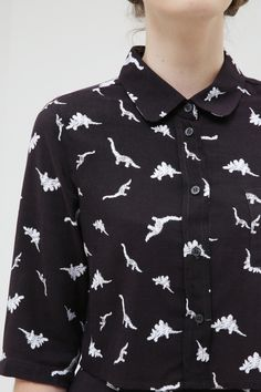 Dinosaur Crop Shirt Monochrome…