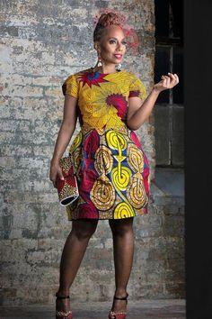 latest trendy ankara short gown styles for sexy and curvy ladies, african print ankara gown styles for women, stylish african ankara gown styles African Print Dresses, African Dresses For Women, African Wear, African Attire, African Fashion Dresses, African Women, African Prints, Ghanaian Fashion, Ankara Fashion