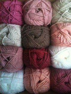 Lovely colors in Vanna's Choice solids    #crochet #color