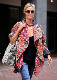 Heidi Klum in kantha jacket Quilted Clothes, Sewing Clothes, Vintage Kimono, Vintage Jacket, Winter Jackets Women, Coats For Women, Ropa Shabby Chic, Coton Vintage, Vintage Cotton
