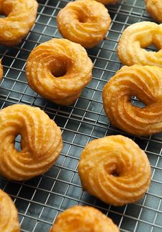 French Cruller Doughnuts Recipe from Use Real Butter. Beignets, Cruller Doughnut Recipe, French Cruller Recipe, Donut Recipes, Cooking Recipes, Breakfast Recipes, Dessert Recipes, Delicious Desserts, Gourmet