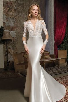 Wedding Dress Pictures, Stunning Wedding Dresses, Dream Wedding Dresses, Bridal Dresses, Wedding Gowns, Essence Of Australia Wedding Dress, Expensive Wedding Dress, Wedding Dress Patterns, Dress Wedding