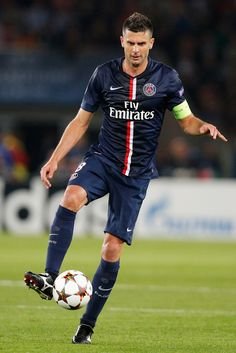 Thiago Motta of PSG in action during the Group F UEFA Champions League match between Paris Saint-Germain v FC Barcelona held at Parc des Princes on September 30, 2014 in Paris, France.
