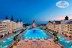 ⁉ Știai că în #Kundu, #Turcia se află una dintre cele mai mari piscine 💦 din #Europa ❓ Te așteaptă și pe tine să o descoperi, la #hotelVizitat TITANIC MARDAN PALACE 5* 🕌 , unul dintre cele mai luxoase și opulente resort-uri din zonă 💎, la deschiderea căruia au participat nume internaționale importante ✅ și care a păstrat mereu calitatea serviciilor oferite la standarde înalte 🔝 Mardan Palace, Vacation Destinations, Vacation Spots, Hotels And Resorts, Best Hotels, Adventure Hotel, Atlantis Bahamas, Most Luxurious Hotels, Luxury Hotels