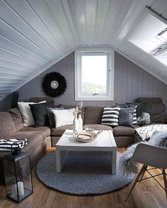 Cozy loft💛 Credit: @casachicks 💫 Outdoor Furniture Sets, Outdoor Sectional Sofa, Outdoor Decor, Diy Room Decor, Furniture, Outdoor Furniture, Home, Living Spaces, Home Decor