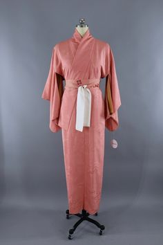 2358 Best Vintage Silk Kimono Robe images in 2019  0f6f5169a